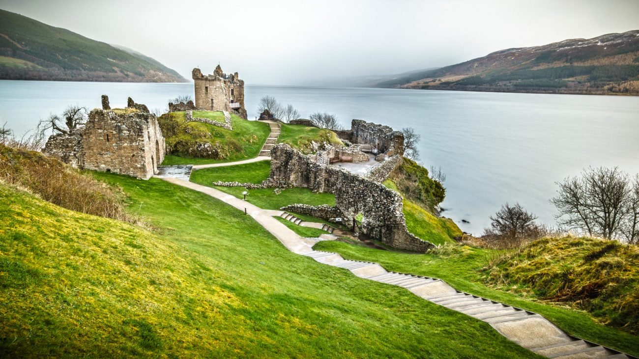 Inverness. Castillo de Urquhart, Loch Ness