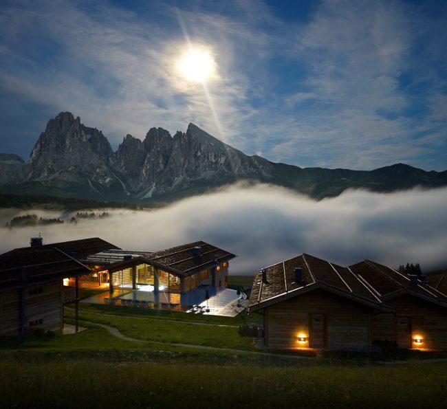 Adler Lodge, Italia
