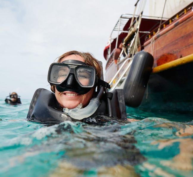 Práctica de buceo y snorkel en Aruba