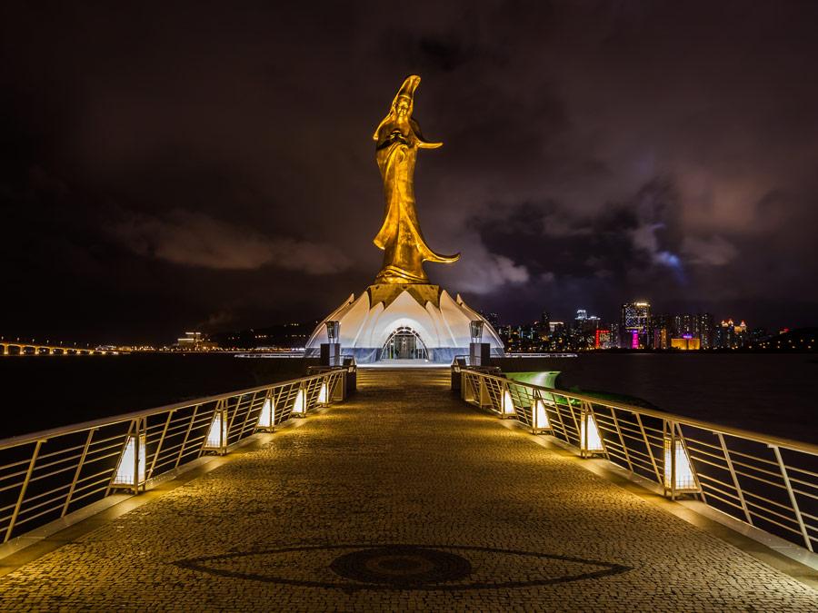 Estatua de Guan Yi en Macao