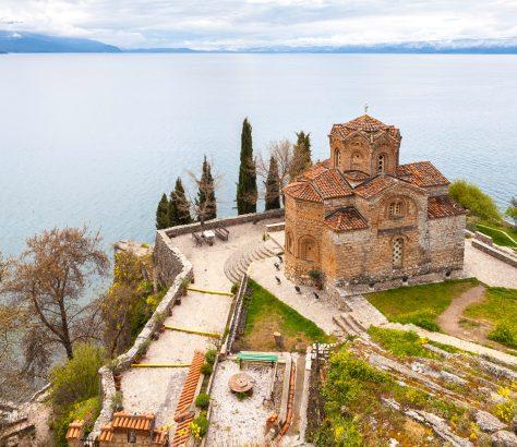 Iglesia de San Juan Kaneo, frente al lago de Ohrid