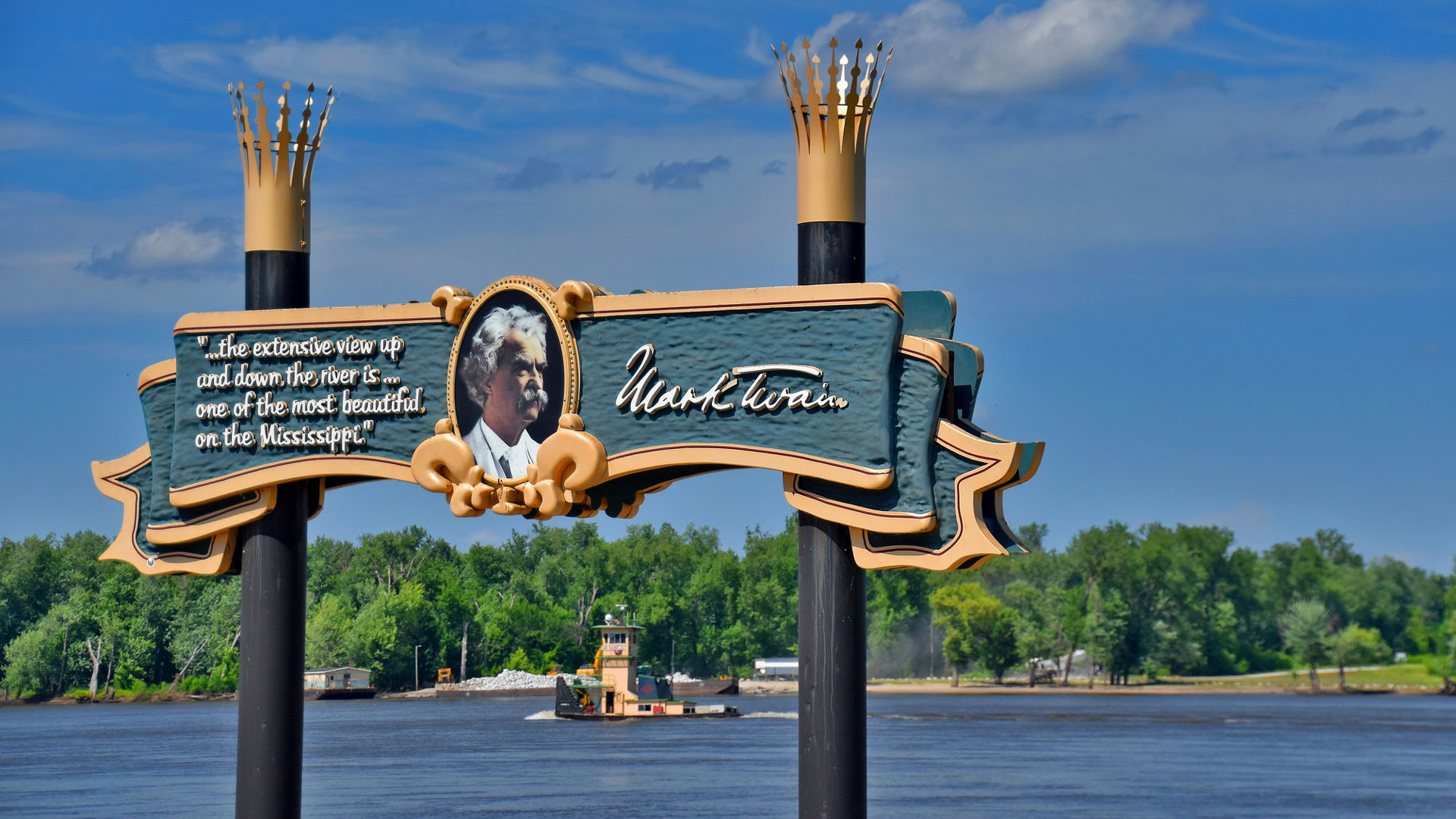 Salida del barco en honor a Mark Twain sobre el Mississippi