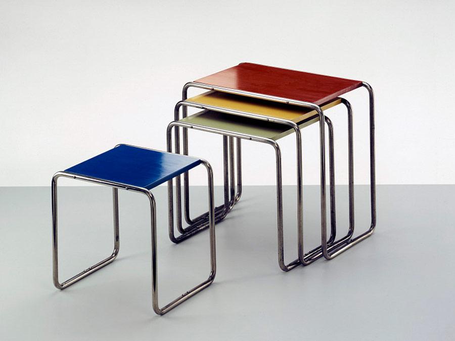 Sillas Breuer. Muestra en el archivo Bauhaus