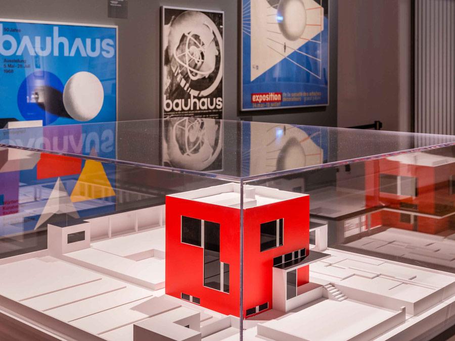 Muestra en el interior del Archivo Bauhaus, Berlin