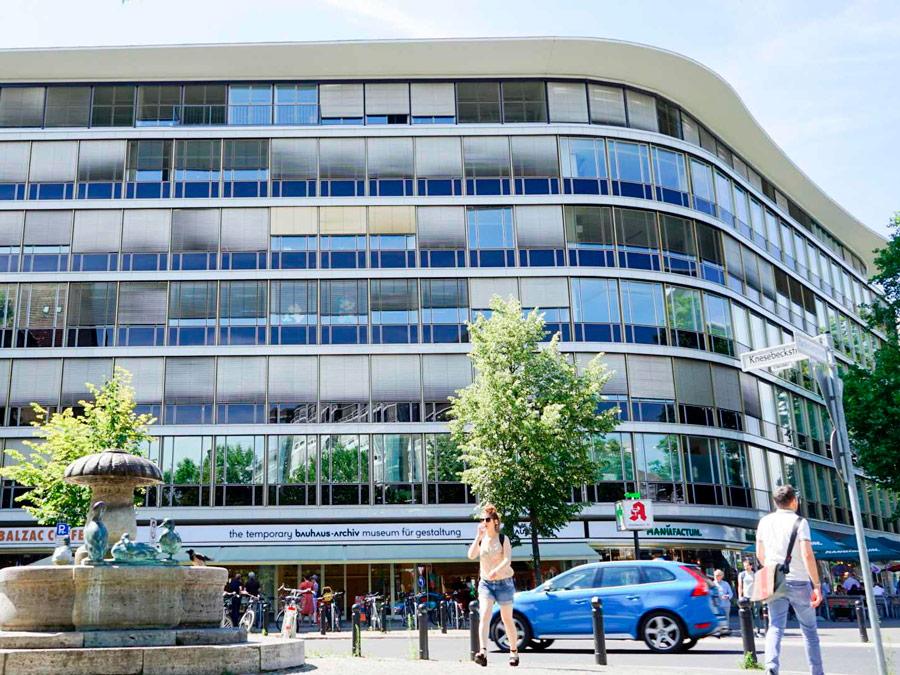 Edificio temporario del archivo Bauhaus en Berlin