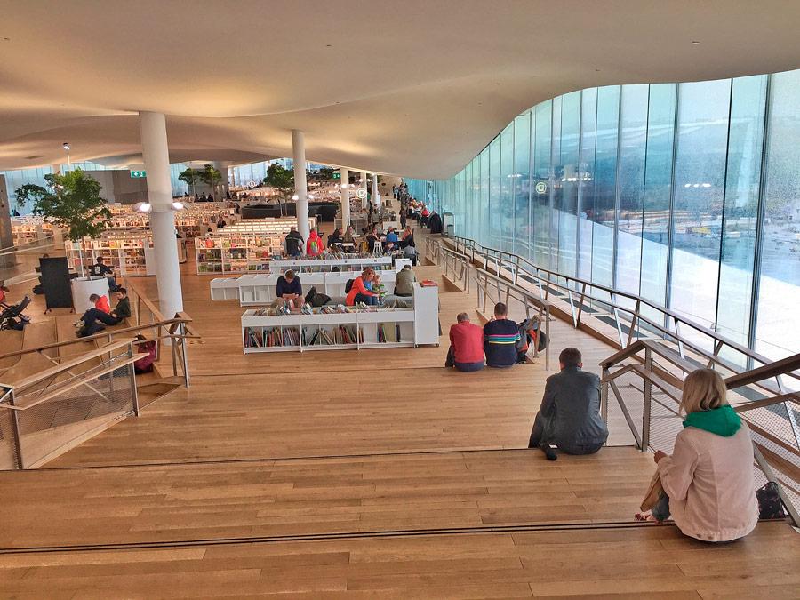 Biblioteca Oodi, Helsinki, Finlandia