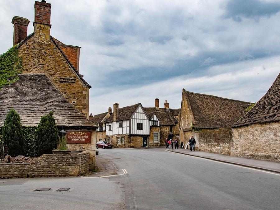 Calle en Lacock, Inglaterra