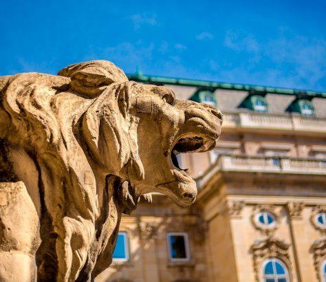 Leones en el Puente de las Cadenas, Budapest