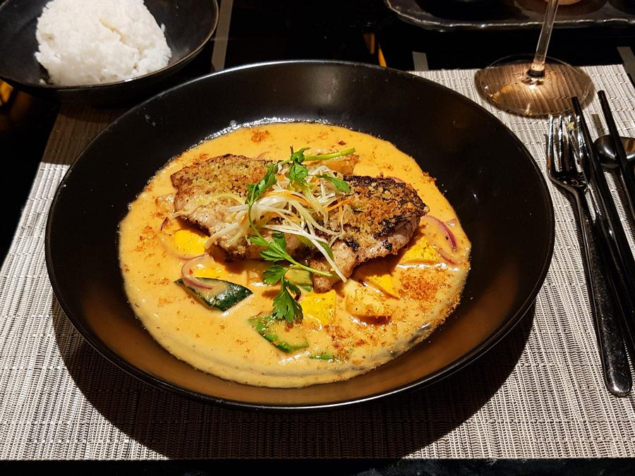 Plato de curry del restaurante Tamarind