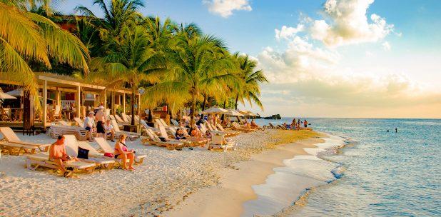 Tabyana Beach Roatán
