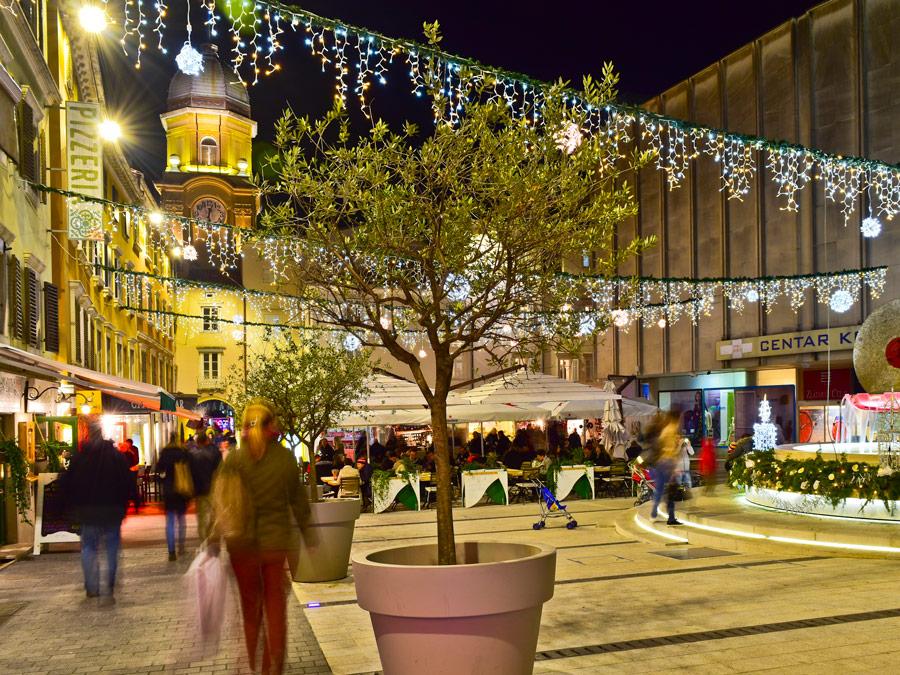 Korzo en Rijeka, Croacia