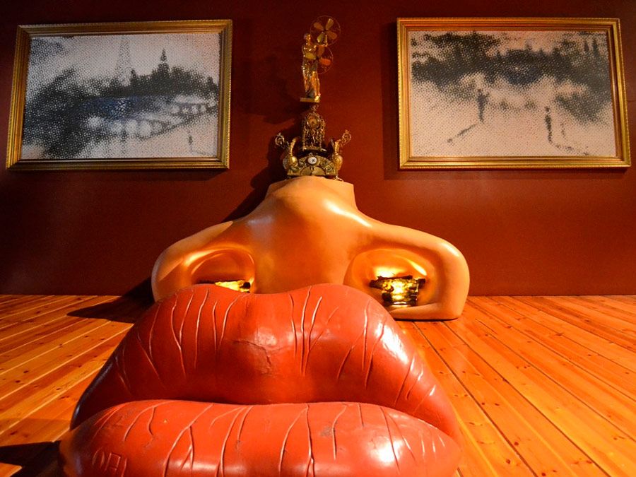 Sala Mae West. Museo-Teatro Dalí Figueres