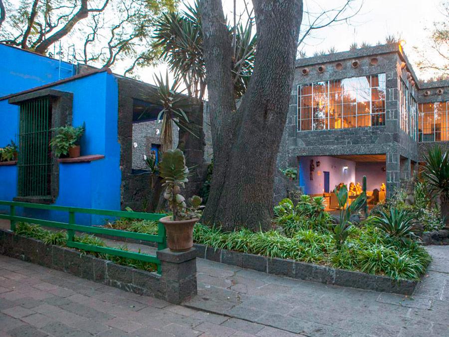 Patio de Casa Azul