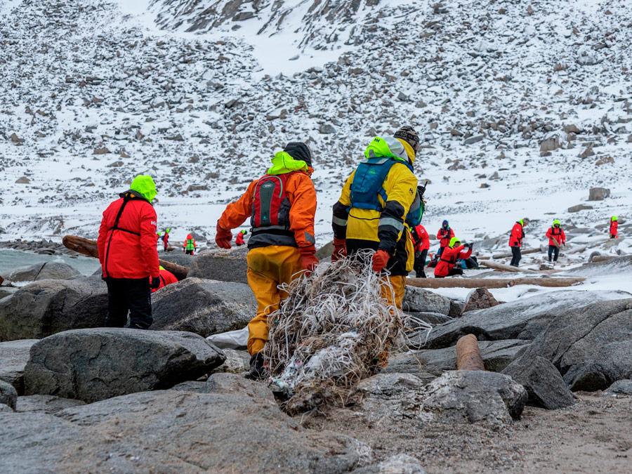 Limpieza de playas en Svalbard