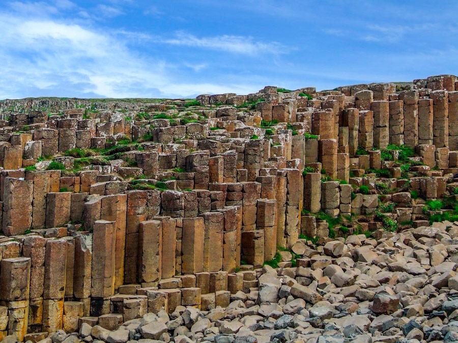 Columnas en la Calzada de los Gigantes