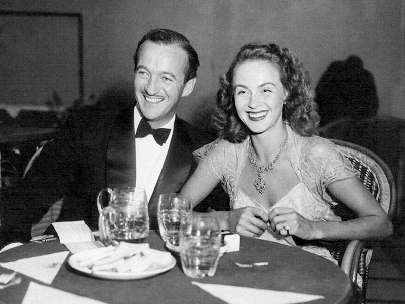 David Niven y su esposa en la travesía transatlántica